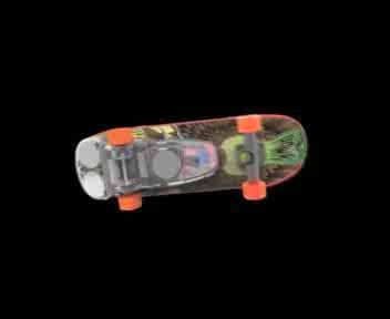 Lo skateboard radiocomandato in miniatura