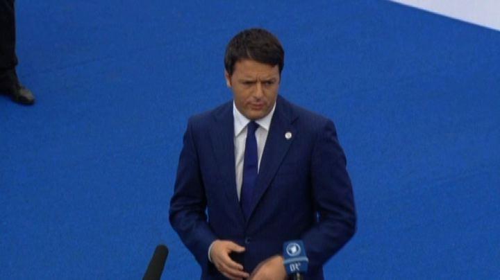 Renzi: momento economico delicato, Europa investa su crescita