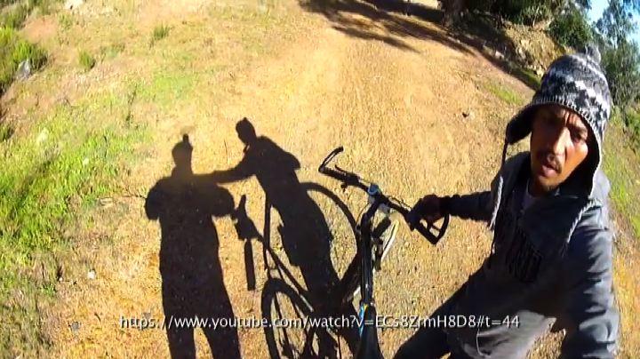 Rubano la bici, immortalati con GoPro