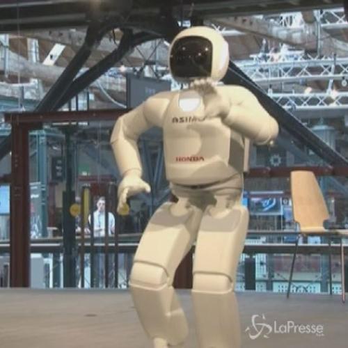 La Honda presenta a Londra il robot Asimo: corre, balla e ...