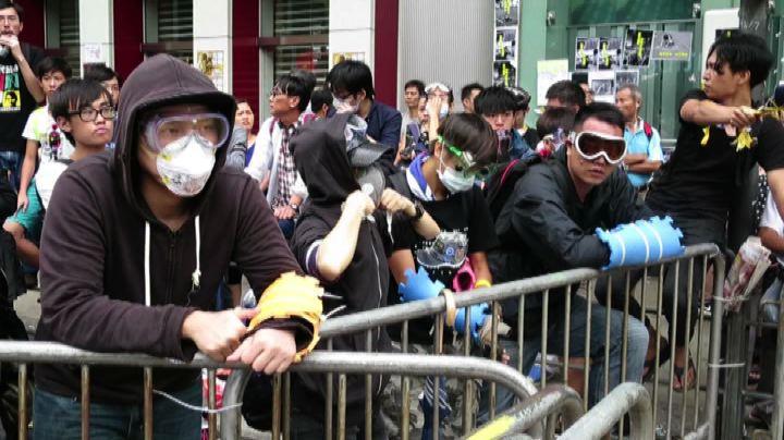 Hong Kong, ancora scontri e feriti ma la protesta va di ...