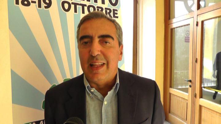 Immigrati, Gasparri contro il governo: basta politica di ...
