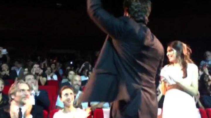 Sorrentino abbraccia Benicio Del Toro al Festival di Roma   ...