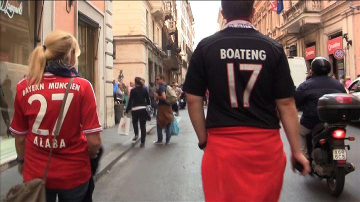 Nude News - I tifosi del Bayern a Roma