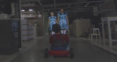 Il terrore di Shining rivive tra gli scaffali di Ikea