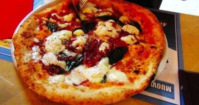 La Notizia è che a Napoli c'è la pizza colta: la fa Enzo ...
