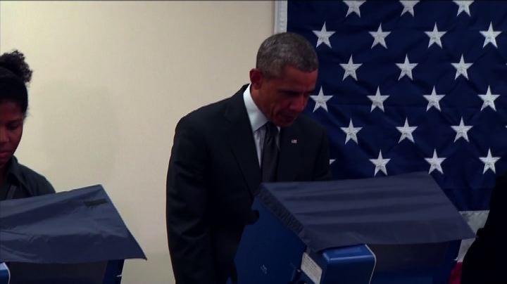 """Avverte Obama, """"Non toccare la mia ragazza"""""""