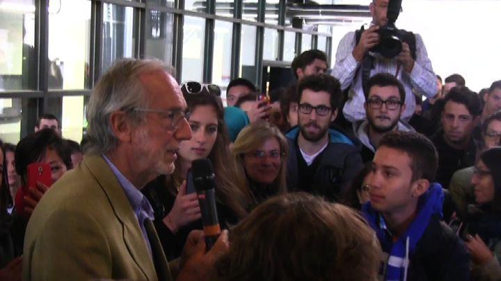 Renzo Piano agli studenti: viaggiate senza paura, ma poi ...