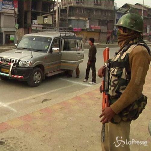 Negozi sprangati in Kashmir, premier Indiano contestato da ...
