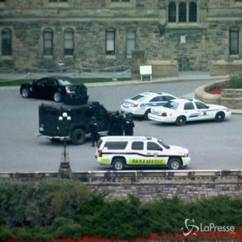 Canada, il killer di Ottawa ha agito da solo. Polizia: ...