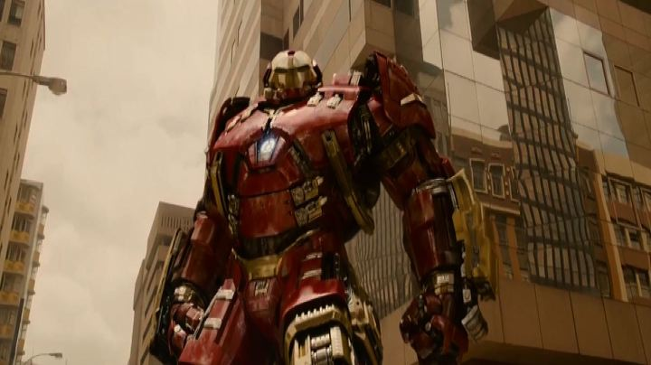 "I supereroi tornano insieme in ""Avengers: Age of Ultron""    ..."