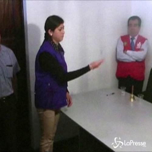 In Perù sindaco eletto con il lancio di una moneta