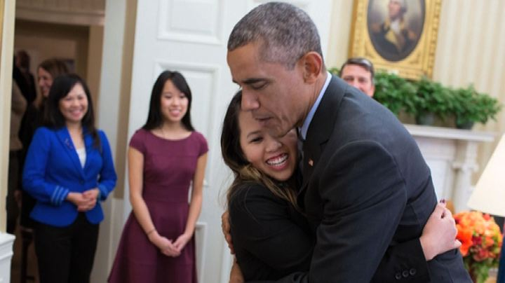 Ebola, guarita Nina Pham. l'infermiera americana incontra ...