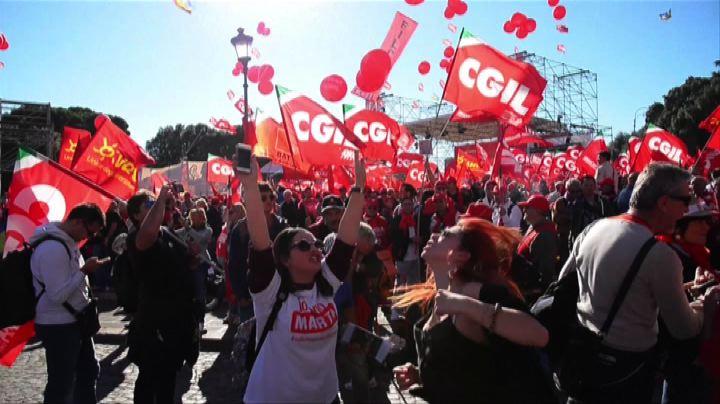Lavoro, oltre un milione a Roma con la Cgil contro il Jobs ...