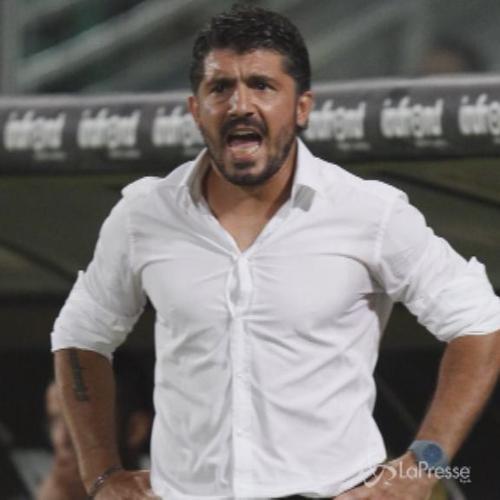 Calcio, Gattuso fa retromarcia e resto sulla panchina dell