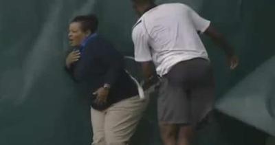 Tennis, racchettata contro il guardalinee: squalificato