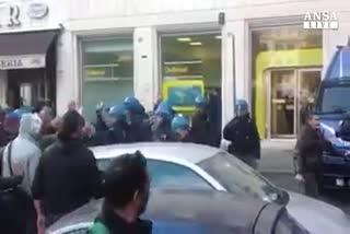 Scontri polizia-Ast, Renzi promette verifiche