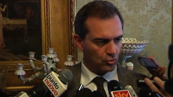 Tar reintegra De Magistris: ora farò ancora il sindaco per ...