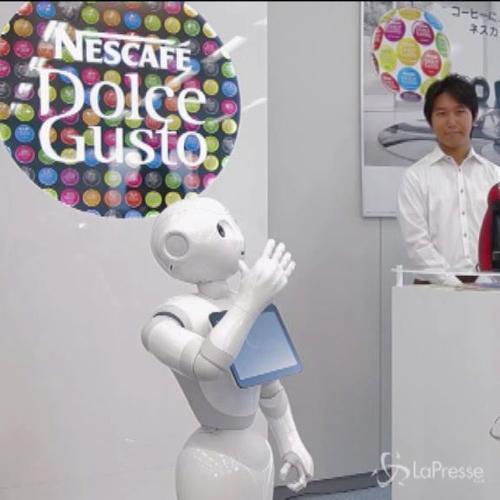 Robot usati come venditori di macchine per caffè da ...