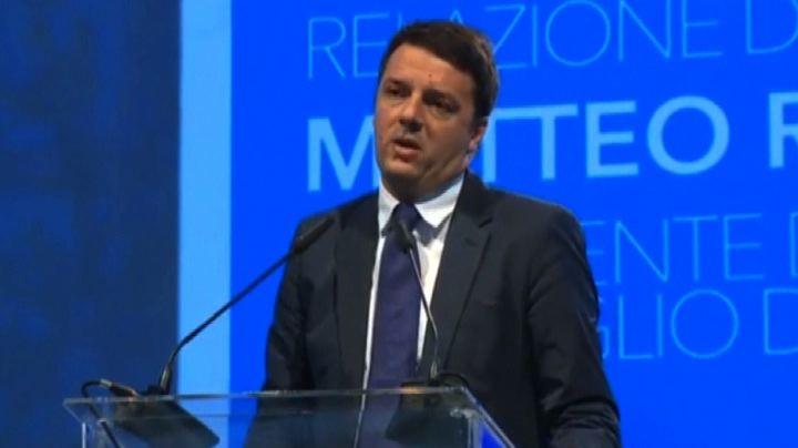 """Renzi: """"local tax"""" dal 2015, decideranno sindaci in libertà"""