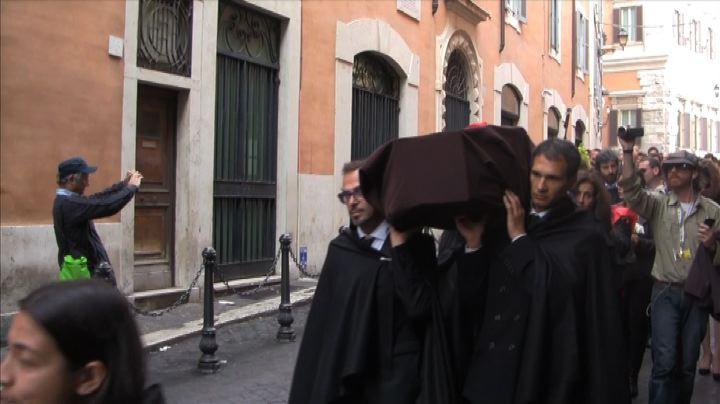 """Il """"funerale dell"""