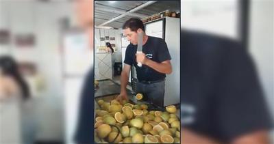 Un ninja in cucina: come tagliare i limoni con arte