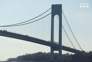 New York, il ponte di Verrazzano compie 50 anni