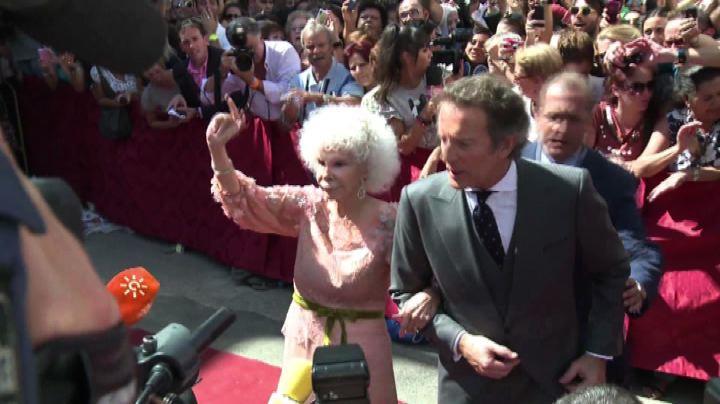 Muore a 88 anni l'eccentrica Duchessa di Alba, nobile ...