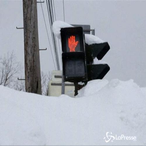 Dieci morti per neve a Buffalo, ora rischio allagamenti     ...