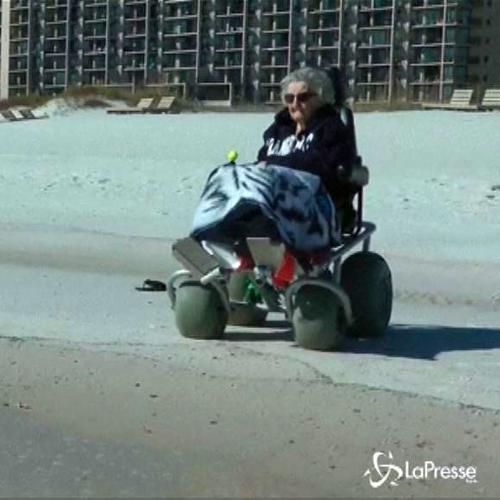 Usa, centenaria vede il mare per la prima volta: L'ho ...