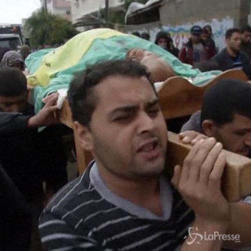 Medioriente, palestinese ucciso da soldati israeliani a ...
