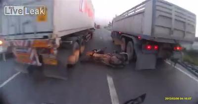 Incontro ravvicinato con la morte per un motociclista