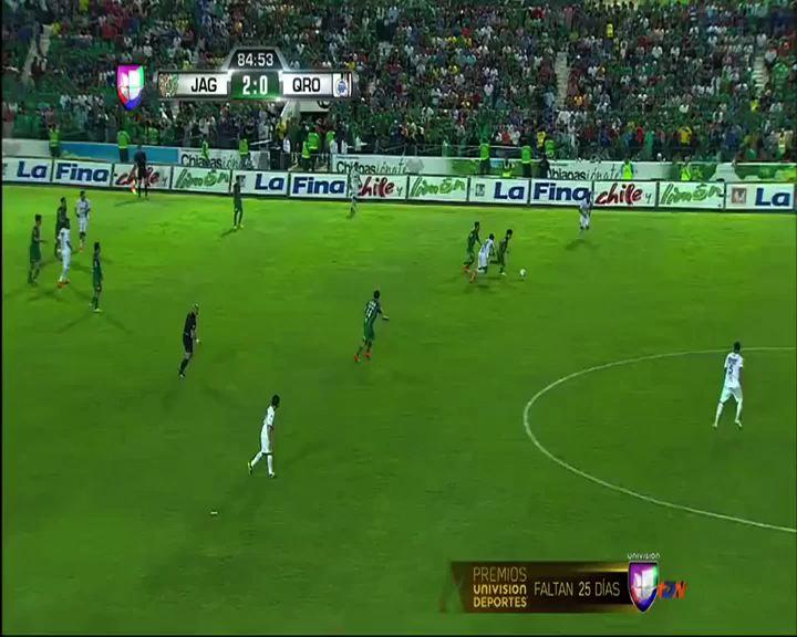 Da Silva perde la testa: fallaccio e pugno ad un avversario ...