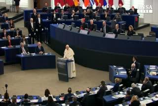 Papa: Ue malata di solitudine ,si' a lavoro e immigrazione  ...