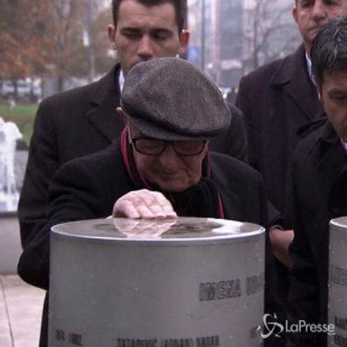 Sarajevo, cerimonia per ricordare i bambini che morirono ...