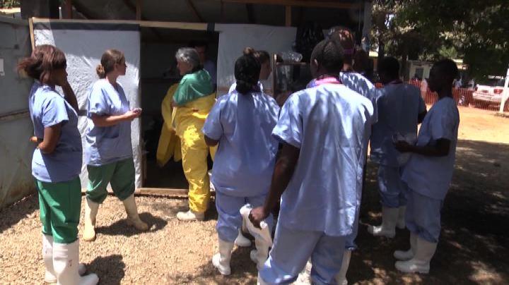 Ebola, in Sierra Leone aumentano gli orfani a causa del ...