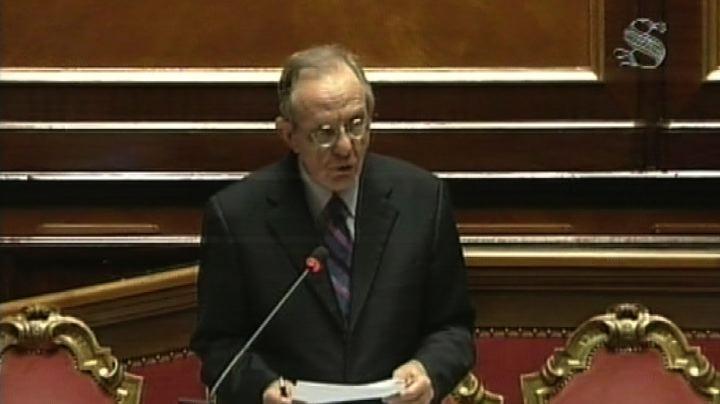 Privatizzazioni, Padoan: conferma obiettivo 0,7% Pil per 3 ...