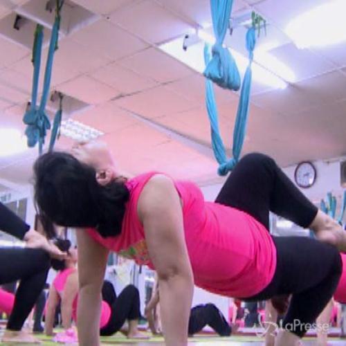 Vietnam, tutti pazzi per lo yoga