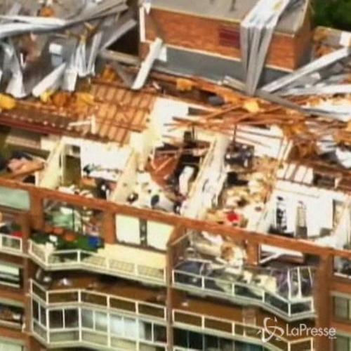 Australia, tempesta a Brisbane: allagamenti, 68mila case ...
