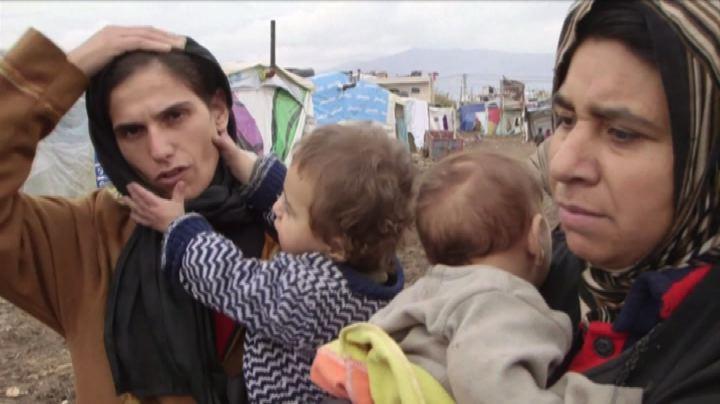 Dopo tempesta, profughi siriani in Libano vivono tra fango ...
