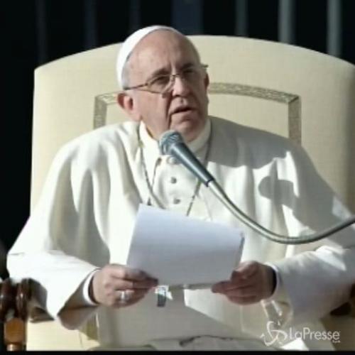 Papa Francesco: Maria cucinava e stirava le camicie di ...