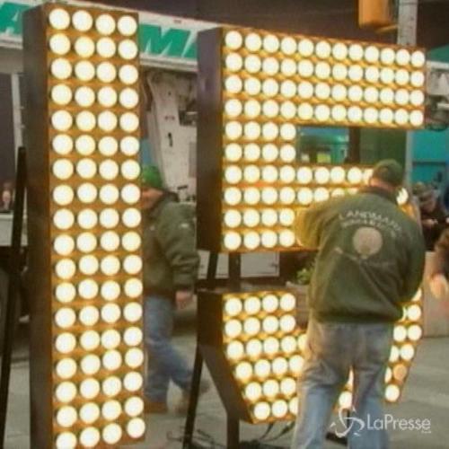 New York, a Times Square è già il 2015�.scopri ...
