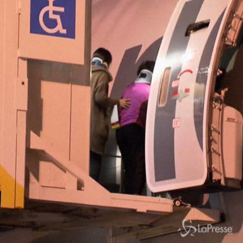 Quando il panico si scatena a bordo: aereo decollato da ...