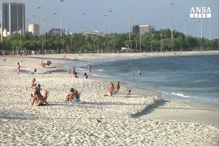 Brasile: superbatterio in spiaggia Olimpiadi