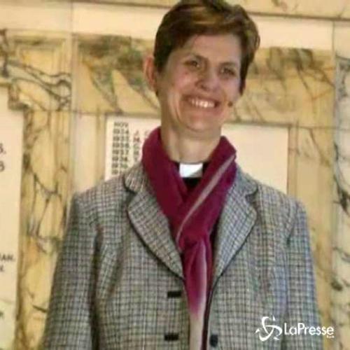 Regno Unito, svolta rosa nella chiesa anglicana: Libby Lane ...
