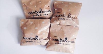 Cartalana, l'artista calabrese che realizza gioielli con la ...