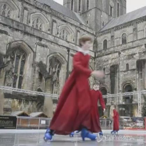 Pausa sul ghiaccio per coristi Winchester Cathedral: sui ...