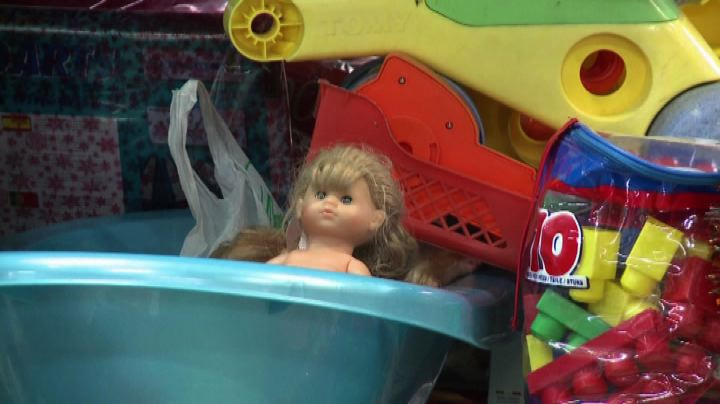 Francia, all'atelier di Natale riciclati migliaia di giochi ...