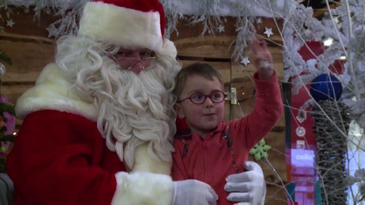 Essere Babbo Natale, per molti un mestiere da 200 euro al ...