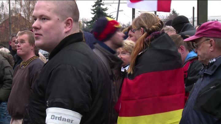 In quartiere Berlino Est proteste estrema destra contro ...